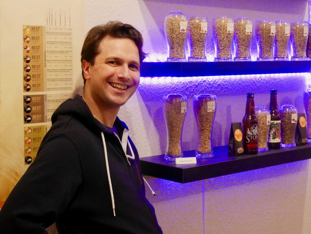 Brian Schlede, BrewCraft-Inhaber, für HHopcast, der Craft Beer Podcast,