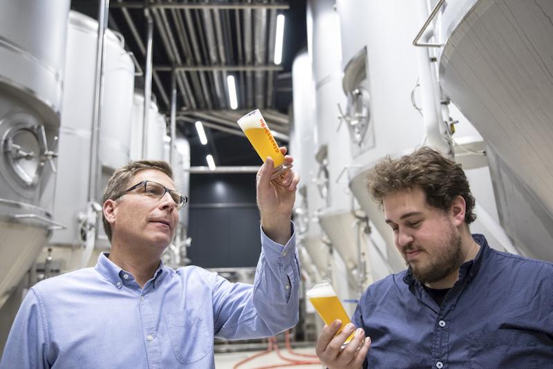 Traditionsbrauerei auf Craft Beer Pfaden: Robert Glaab und Julian Menner von Glaabsbräu